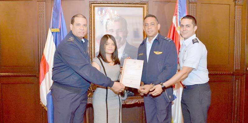 Photo of OPTIC entrega certificación NORTIC E1 a FARD