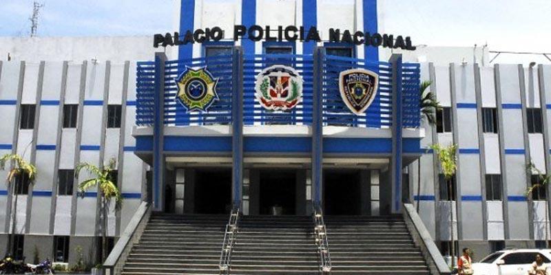 Photo of PN informa arresto presuntos asaltantes; silencia asesinato miembro Armada por coronel