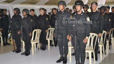 Miembros del equipo SWAT participantes en el curso