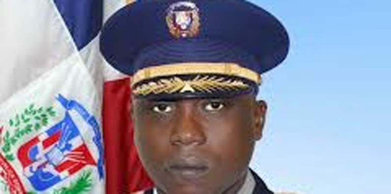 Teniente coronel paracaidista Wagnel Vallejo Brioso