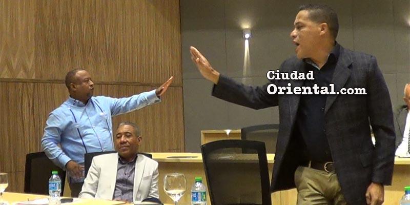 Alexander Heredia reacciona preocupado por lo que diría Comesolo