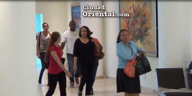 En los pasillos del Palacio Municipal están las pinturas que costaron 20 millones de pesos