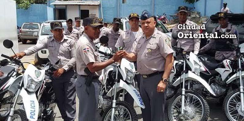 Photo of PN entrega camionetas y motocicletas para patrullajes SDE