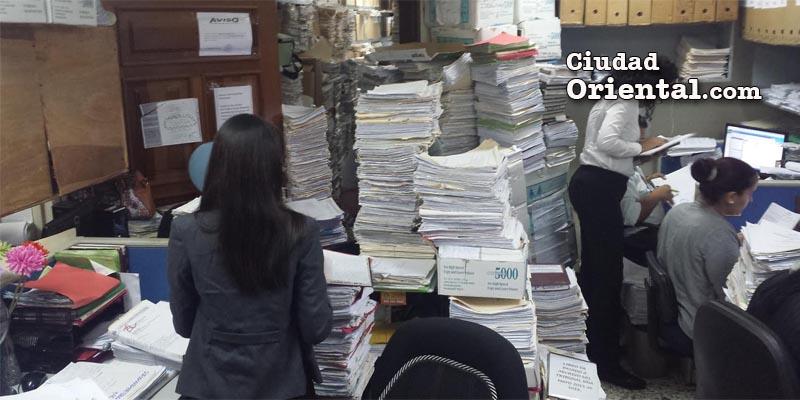 Otra escena del archivo de expedientes del Palacio de Justicia de la provincia Santo Domingo