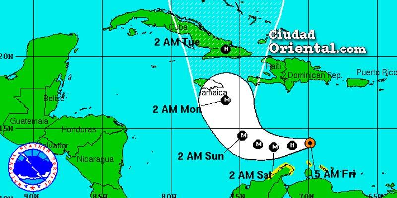 Photo of Atentos al avance del huracán Matthew, aunque está lejos costa RD