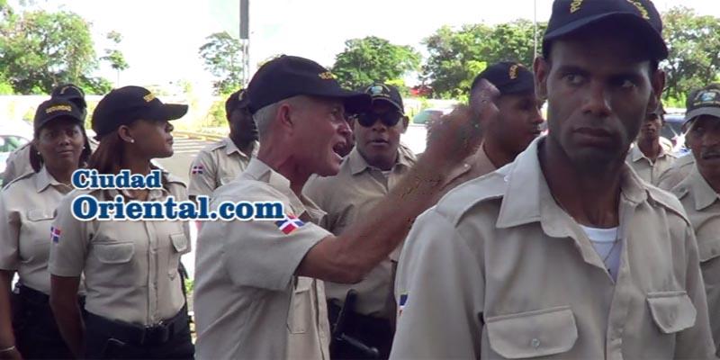 Un Policía Municipal de SDE reclama aumento salarial