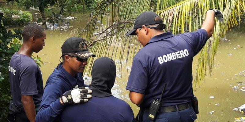 Bomberos de SDE al rescate