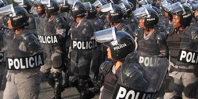 Policías dominicanos