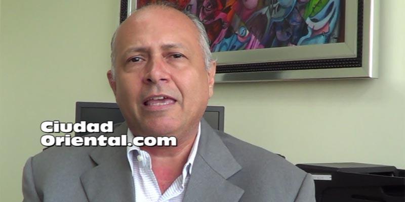 Regidor Robert Arias, del PRM