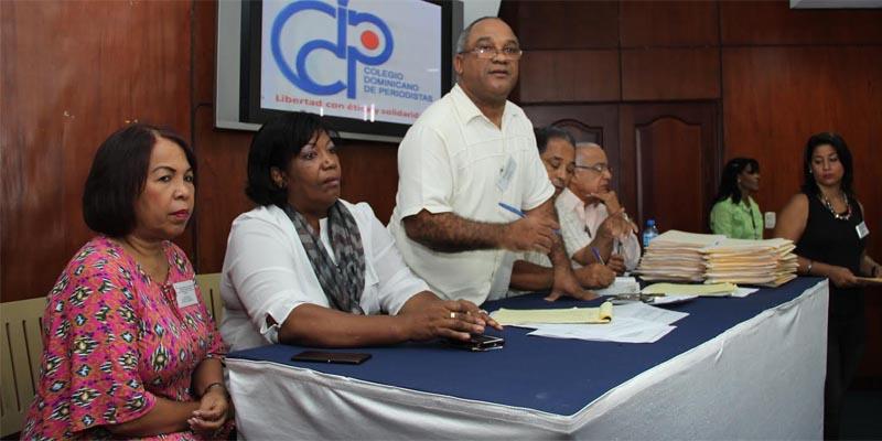 Photo of MMV se solidariza con periodistas Robert Vargas y Orlando Ramos ante fallecimiento de su padre