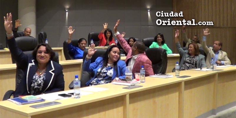 Regidores votan por la suspensión de los trabajos de instalación de las plantas de AES en Los Mina