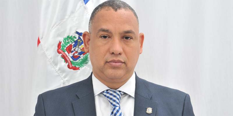 Photo of Alexis Jiménez deplora falta de agua en Santo Domingo Este
