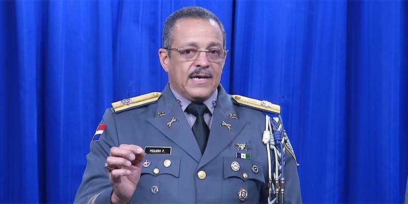 Photo of Jefe de la PN reclama a los medios de comunicación que lo dejen trabajar