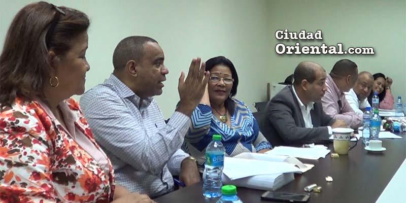 Photo of Regidores del PLD definen estrategia ante solicitud de fondos del Alcalde