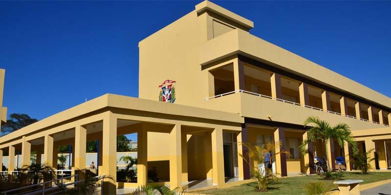 Photo of Medina inaugura en Pantoja liceo de 30 aulas