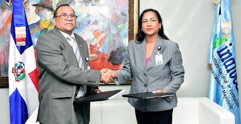 Photo of INAFOCAM, y el Banco de Reservas firman acuerdo de colaboración