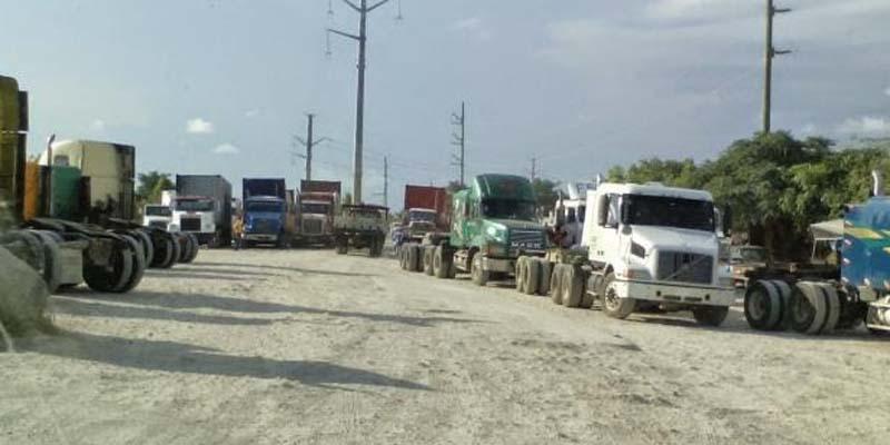 Photo of Transportistas inician en Andrés, Boca Chica enfrentamientos contra el CONEP