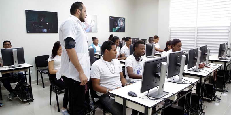 Photo of Formarán miles de técnicos en centro La Nueva Barquita inaugurado por Vicepresidencia