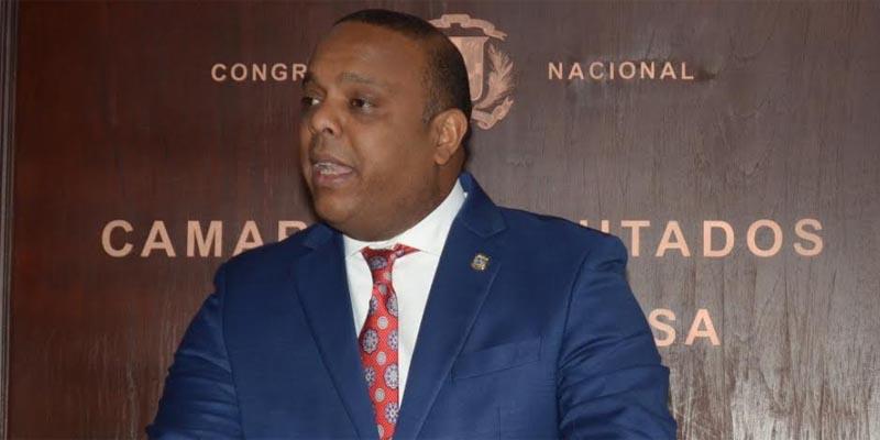 Photo of Luis Henríquez sospechó que estaba contagiado con el coronavirus cuando perdió dos de los cinco sentidos
