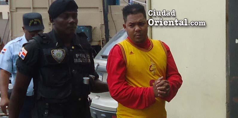 Photo of Envían a La Victoria hombre mató tres en Los Guaricanos