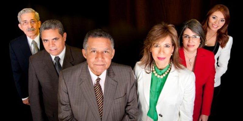 Photo of El telediario Uno+Uno de Teleantillas celebra treinta años de existencia