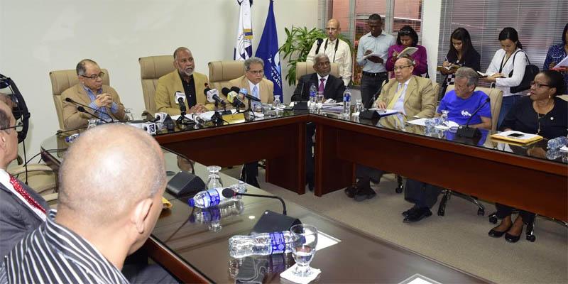 Photo of Fallo de tribunal contra la ADP logra efecto indeseado para el gobierno