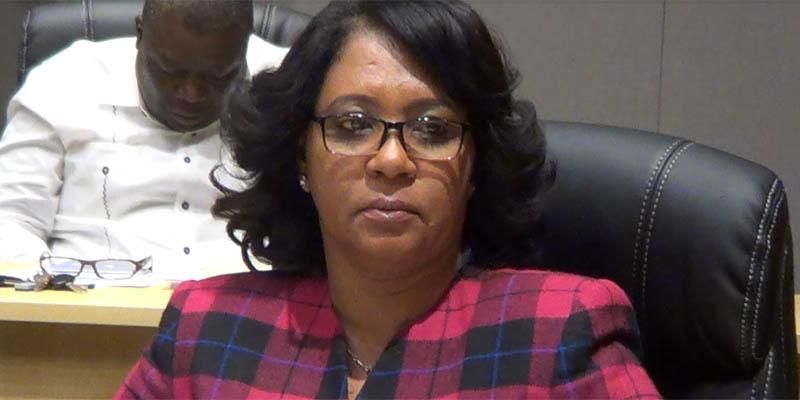 Photo of Vídeo- Regidores marcan distancia de regidora supuestamente amenazada por su esposo