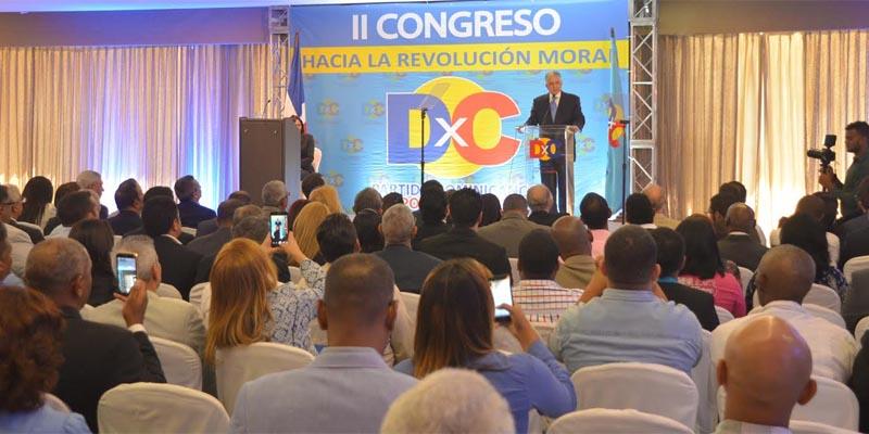 Photo of Eduardo Estrella propone revolución moral: eficiencia, transparencia, orden y castigo a corruptos