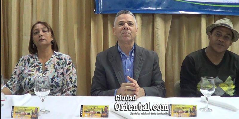 Photo of Vídeo – Manuel Jiménez regresa a los escenarios con un concierto a las madres