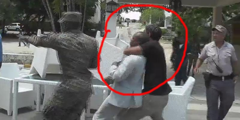 Photo of Vídeo – Brutal agresión al periodista Tomás Ventura en Boca Chica