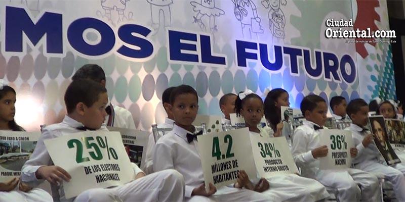 Descendientes de los hijos de los industriales y comerciantes de la provincia Santo Domingo