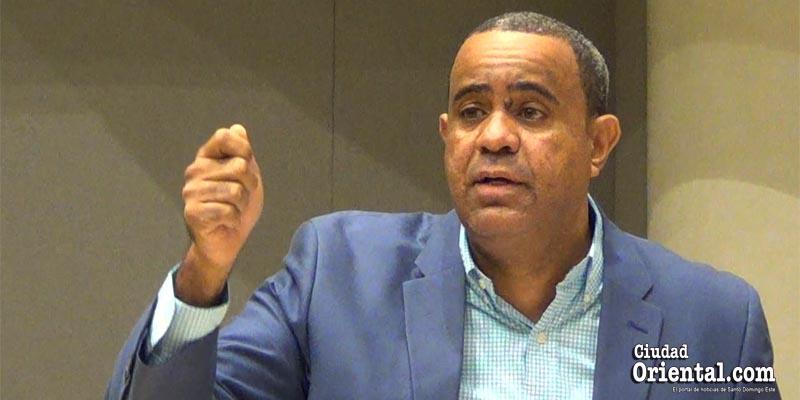 Danilo Mesa, vocero de los regidores del PLD en el ASDE