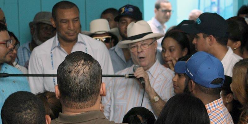 """Photo of Hipólito Mejía destaca el """"peligro"""" que representa el PLD para la democracia"""