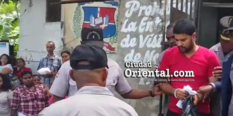 Photo of Aquí vídeo sacerdote imputado de asesinato saliendo de la cárcel de San Luis