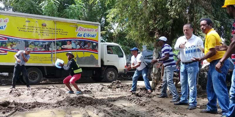 Photo of Gobierno distribuye alimentos crudos y cocidos en SPM