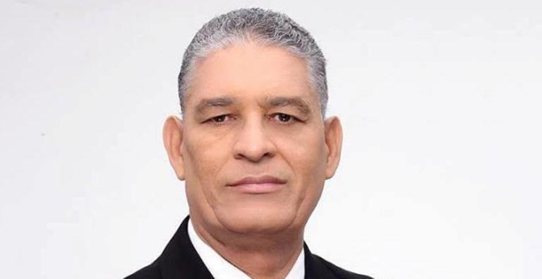 Photo of Politólogo advierte primarias abiertas serían antesala de la destrucción del sistema político