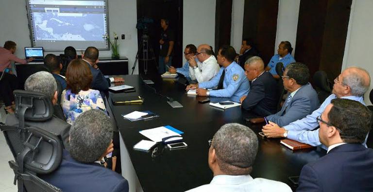 Photo of Minerd suspende docencia en ocho provincias con alerta roja