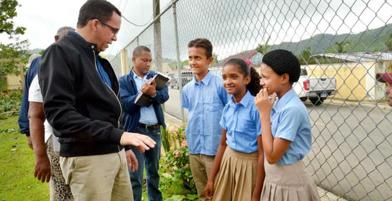 Photo of Navarro insta a la comunidad educativa reintegrarse a la docencia este lunes