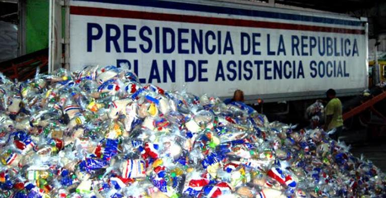 Raciones del Plan de Asistencia Social de la Presidencia (Archivo Ciudad Oriental).