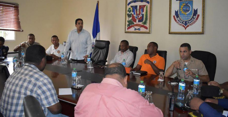 Photo of Alcaldía de Boca Chica activa Comisión Municipal de Prevención por el paso del Huracán Irma