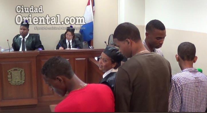 Photo of Condenan tres de cuatro hombres implicados homicidio miembro ARD en Pedro Brand +Video