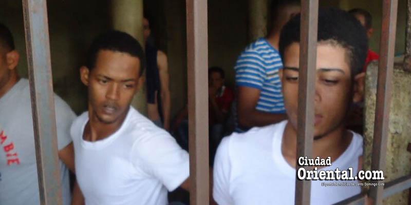 Photo of Imponen 40 años de prisión principal implicado asesinatos policía y su hijo en Los Guaricanos