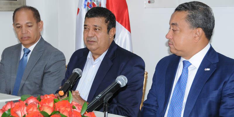 Photo of Alejandro Herrera reivindica aportes de Zoilo García a la aviación civil internacional