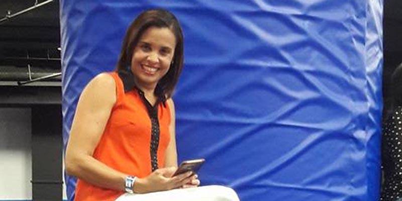 Photo of La periodista Ariela Valdéz vuelve a exigir a El Cañero pago prestaciones laborales