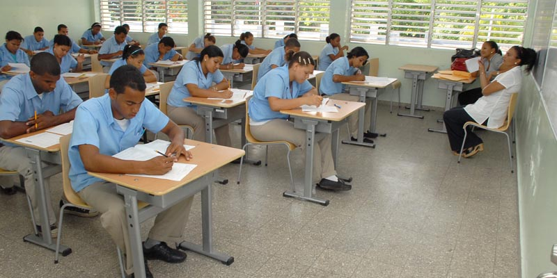 Photo of MINERD convoca 46,384  estudiantes nivel medio a 3ra. convocatoria pruebas nacionales