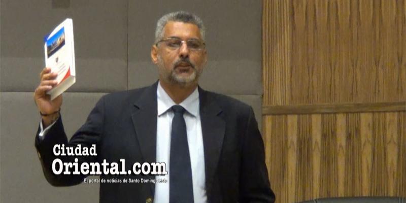 Photo of Ante las graves denuncias de este regidor, el Concejo parece mirar para otro lado + Vídeo