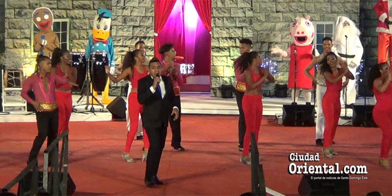 Silvio Mora y su Carrito Rojo de Carreras