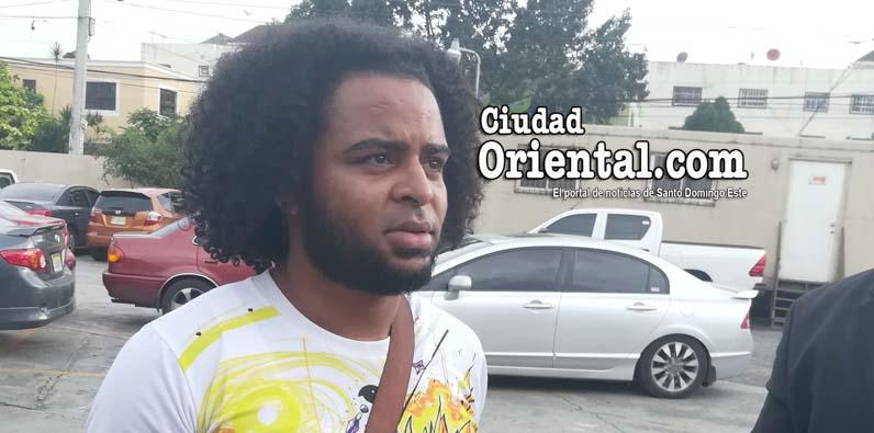 """Photo of Cantante urbano """"Énfasis"""" enfrentado en justicia con su productor en Youtube"""