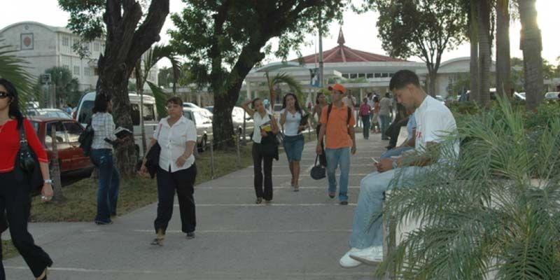 Photo of Autoridades UASD llaman profesores y estudiantes acudir a clases