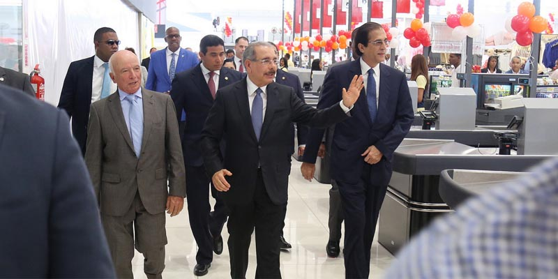 Photo of Danilo Medina asistió a inauguración Hipermercado Olé, en Ciudad Juan Bosch